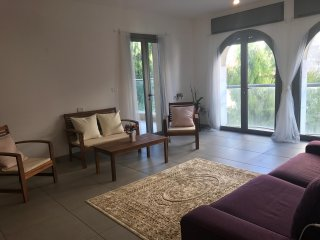 Bright airy apartment - Best location in Jerusalem!