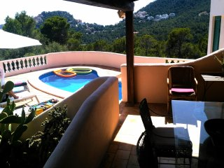 Entire seview 3 bed Villa with private pool, 5 mins from heart of Port Andratx