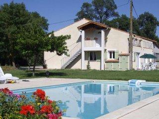 Las Brugues: Gîte le caussanel avec piscine chauffée 30 min Carcassonne