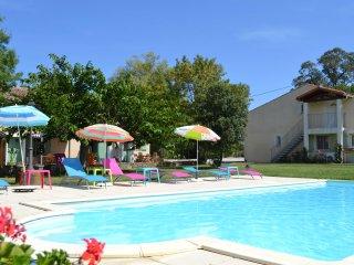 Las brugues: Studio avec piscine chauffee 30 min. de Carcassonne