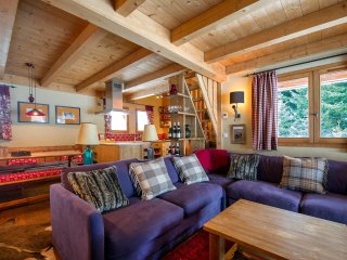 Beautiful Chalet Le Buet, Chamonix near Skiing, Hiking & More!