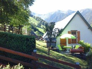 Gite chalet du Chourique cheminée Pyrénées 15mn de la station du MOURTIS
