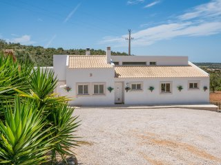 Beautiful private Villa in central Algarve. Ideal for a family holiday.