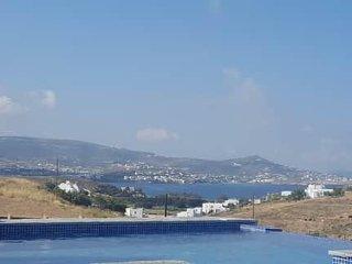 Villas in Paros (Villa 1)
