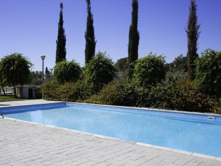 2b Luxury Pool Apartment - Apollonia Beach