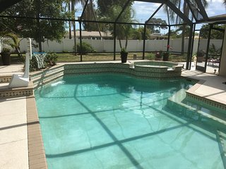 Newly renovated 3 bedroom house with heated pool/spa.  Walk to beach & downtown.
