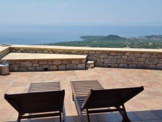 Hilltop villa in Stoupa, privacy, amazing sea view