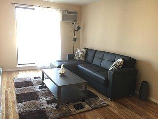 Bay Ridge Apartment with Balcony