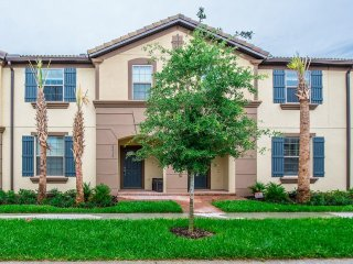 NEW 5Bed 4.5Bath WINDSOR at WESTSIDE townhouse w/splash pool from $203/nt