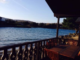 Beautiful lakeside lodge with all round stunning views, leisure centre and more
