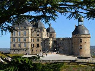Ancienne Conciergerie du Château de  Hautefort Périgord Noir