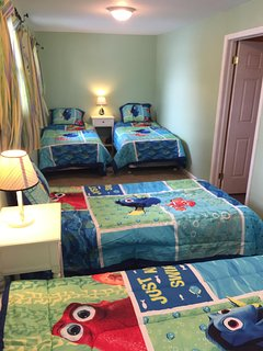 Fish bedroom with 4 twin beds