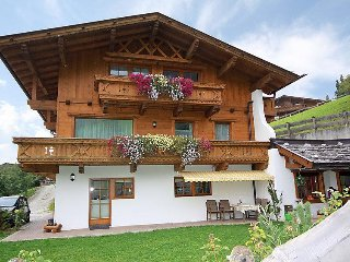 3 bedroom Apartment in Neustift im Stubaital, Tyrol, Austria : ref 2295322