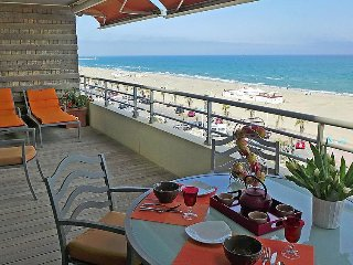 1 bedroom Apartment in Canet Plage, Pyrenees Orientales, France : ref 2284579