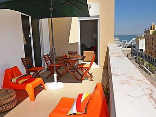 3 bedroom Apartment in Lisbon, Lisbon, Portugal : ref 2243322