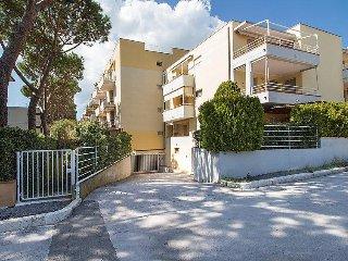 2 bedroom Apartment in Castiglione della Pescaia, Costa Etrusca, Italy : ref