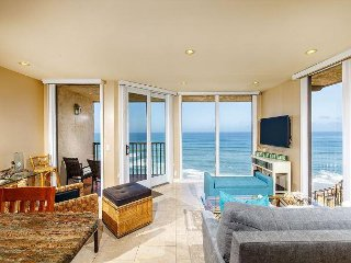 A LITTLE SEACLUSION - Oceanfront, 1 Bedroom Condominium - DMST25