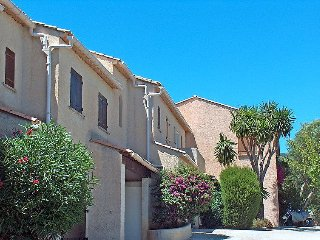 3 bedroom Villa in Cavalaire, Cote D Azur, France : ref 2162753