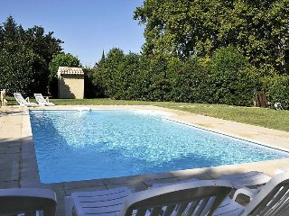 2 bedroom Villa in Saint Remy de Provence, Provence, France : ref 2057360