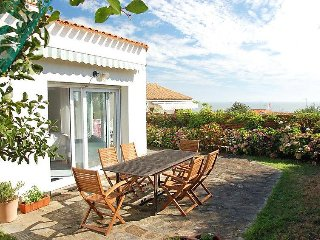 2 bedroom Villa in Pornic, Vendee  Western Loire, France : ref 2023764