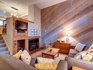 Winterpoint 41 Ski-in Townhome Downtown Breckenridge Lodging