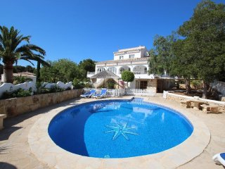 Rosario - modern, well-equipped villa with private pool