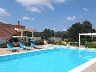 Villa Venere: Goddess of Love. Large private pool, BBQ and Tikki Bar