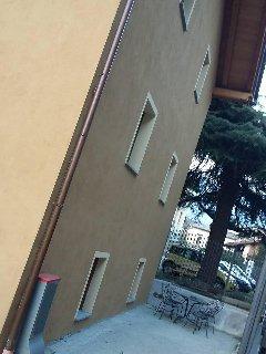 facciata laterale della struttura