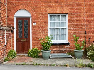 Luxury Cosy Cottage in Centre of Henley On Thames