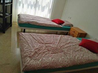 Private Zimmer  Doppel-oder Einzelbett  getrennt oder zusammen zu buchen