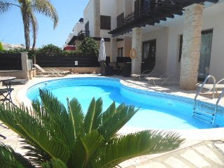 VILLA OCEAN MARE - Luxury 3 bed villa with private pool - Protaras