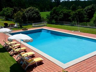 Casa D'Quinta: pool, tennis court, gardens