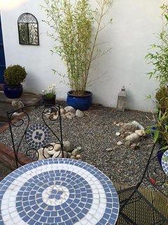 Charming town patio garden