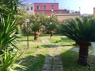 Loggia Garden Apartment