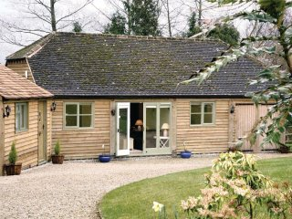 Fox Cottage (2 Guests)