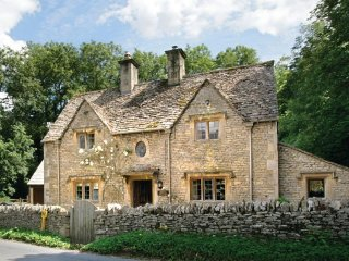 Bridge Cottage (Gloucestershire)