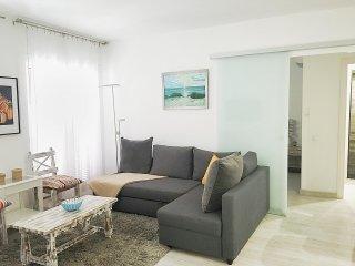 Apartamento para 4 muy amplio, reformado y céntrico