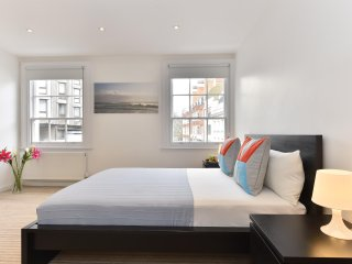 2Bed 2Bath Apt In Kings Cross 2 minutes walk to Tube Station 137860