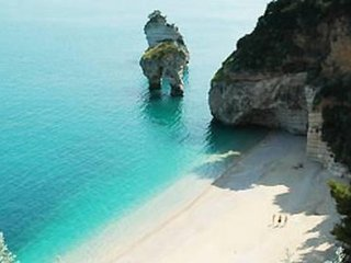 Holiday home for week, located in the National Park of Gargano, Apulia, Italy.