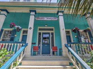 Historic Galveston Apt < 2 Mi to Pleasure Pier!