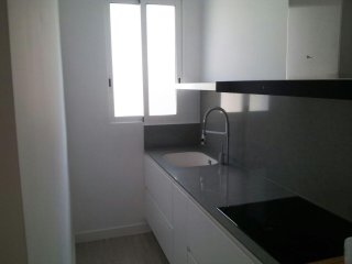 Spacious Art Nuevo apartment in Extramurs – Botanic with WiFi, airconditioning