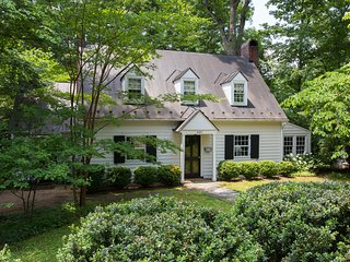Jefferson Park Circle | Beautiful & Spacious Home; Walk to UVa/Scott Stadium