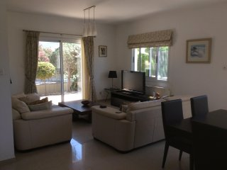 Luxury villa ,5 mins walk from Pissouri village with Pool, sea / mountain views