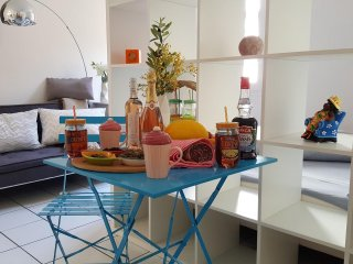 Charming studio2 in Avignon Intra-Muros with long-stay discount