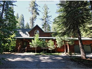 A Beautiful Mountain Getaway for family and Friends, pet friendly