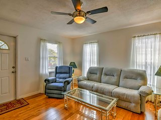 Pet-Friendly Punta Gorda Duplex w/ Covered Parking