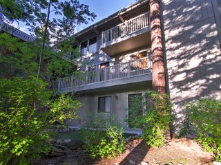Incline Village Condo, Walk to Lake Tahoe Beach!