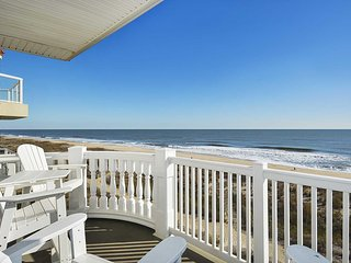 Fabulous Views from this Spacious Ocean Front 4 BR Condo Sleeps 12