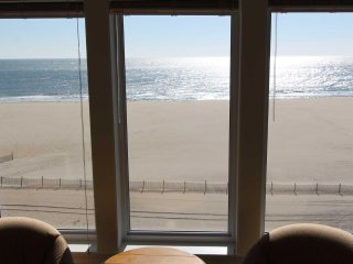 Fabulous Ocean Front Condo on Boardwalk with View of Ocean and Bay BT704