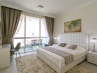 Fully furnished Luxury 1BR 5 mins from JBR!